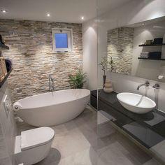 Badezimmer dusche fliesen Imaging result for bathroom with freestanding bathtub - result Bathroom Layout, Modern Bathroom Design, Bathroom Interior Design, Bathroom Cabinets, Tile Layout, Bathroom Designs, Modern Interior, Minimal Bathroom, Shower Designs