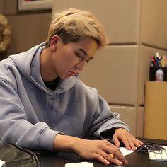 I'm talking 'bout your lips Winner Yg, Minho Winner, Nct, Song Minho, Yongin, Mobb, Good Jokes, My Soulmate, Kpop Aesthetic