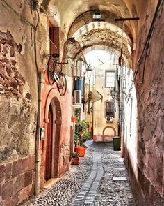 Bosa #visit_hdr_ita #travel_drops #architecture #architexture #architecturephotography #kings_hdr #infinity_hdr #hdr_ita #igw_hdr #italy_photolovers #illife_sardegna #likes_sardegna #kings_villages #hdr_oftheworld #hdr_for_all #italiainunoscatto_hdr #italiainunoscatto #igglobalclubhdr #best_expression_hdr #sardegna_reporter #focussardegna #travelingram #travel #almostperfect_hdr #amar_hdr #speciale_sardegna  #splashcolor_italy #world_ita #volgosardegna #volgooristano