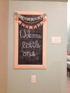 Sweet entry to the nursery - #chalkboard #nurserydecor
