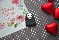 Из хеллуинской корзинки сладостей Риперо леденцы :3 будут брошами и кулонами. #polymerclay #reaper #overwatch #полимернаяглина #овервотч