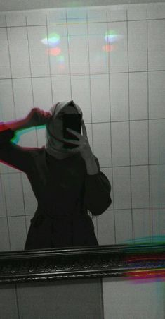 Cute Girl Face, Cute Girl Photo, Girl Photo Poses, Girl Photography Poses, Mirror Photography, Cool Girl Pictures, Girl Photos, Muslim Fashion, Hijab Fashion