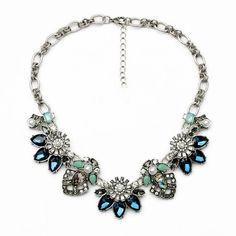 Declaración de plata antiguos babero collar flor por matonodesign