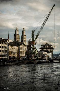Hafenkran Zürich Swiss People, Lake Zurich, Cityscape Photography, Alpine Lake, Installation Art, Switzerland, Paris Skyline, Public, Cityscapes