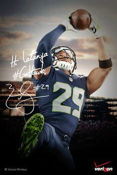 My personalized Autograph   Verizon Experience at Touchdown City, CenturyLink Field #VZWBuzz  Seattle #MoreSeattle ad
