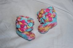 Crochet Baby Boot with Crocodile Stitch for by StitchinPrincess, $18.00
