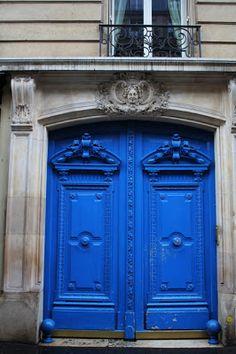 ~ beautiful cobalt blue door in Paris #france #architecture
