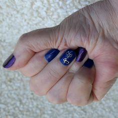 New gel nails. Some purple, some dark blue, some with Scotties. Fair Isle Knitting, Cat Paws, Gel Nails, Dark Blue, Free Pattern, Stitch, Purple, Lace, Design