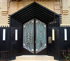 Paint and some pretty cool doors make for an eye catcher  ||||  lramatic Art Deco Doors in N.Y.C.
