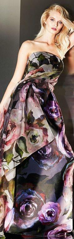 Escada Fall 2014 Ready-to-Wear Fashion Show Floral Fashion, Look Fashion, Fashion Details, High Fashion, Fashion Beauty, Fashion Show, Fashion Design, Moda Floral, Couture Fashion