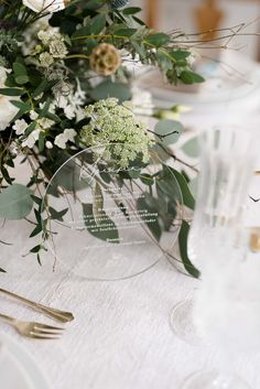 Foto: Valerie Eccli, www. Wreaths, Fine Art, Table Decorations, Wedding, Furniture, Home Decor, Paper Mill, Printables, Invitations