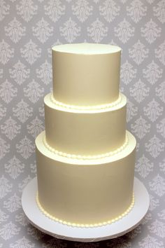 Sometimes simple is best! Custom Cakes, Icing, Wedding Cakes, Projects To Try, Urban, Simple, Classic, Creative, Desserts