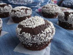 Muffin, Winter Food, Breakfast, Cupcake, Morning Coffee, Cupcakes, Muffins, Cupcake Cakes, Cup Cakes
