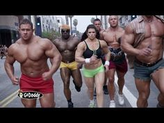 Super Bowl 2014: GoDaddy - Bodybuilder Commercial
