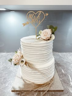 #weddingcakedesigns #hochzeitstorte #flowers #pampas #pampasgrasswedding #boho #cake Fondant, Boho Cake, Instagram Accounts, Cakes, Photo And Video, Flowers, Desserts, Wedding Cakes, Kuchen