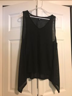 bfc0a36e5 My NWT Mossimo Tank by Mossimo. Size 2 X   20 for   12.00
