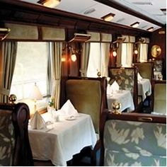 Seriously wish we could travel in an old passenger train car like this for a trip!! I would read mysteries and drink coffee All night haha