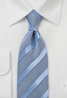Corbata tonos azul acero rayas http://www.corbata.org/corbata-tonos-azul-acero-rayas-p-15589.html