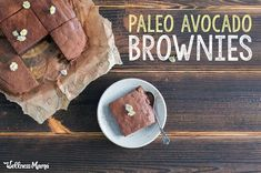 Fudgy, fantastic avocado brownies made with rich dark chocolate and avocado instead of butter. I promise, you won't even know these are healthy! Paleo Dessert, Healthy Sweets, Healthy Desserts, Healthy Fats, Chocolate Truffles, Melting Chocolate, Avocado Brownies, Healthy Brownies, Raw Cacao Powder