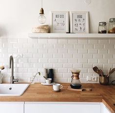 Like 524 times, 13 Comments – www.at ( on Instagr … - Kitchen Remodel Kitchen Tiles, New Kitchen, Küchen Design, Interior Design, Scandinavian Kitchen, Online Home Decor Stores, Kitchen Interior, Home And Living, Home Kitchens