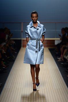 Ermanno Scervino Milano - Spring Summer 2014 Ready-To-Wear - Shows - Vogue. Passion For Fashion, Love Fashion, Fashion Models, Winter Fashion, Classic Fashion, Couture Coats, Italian Fashion Designers, Ermanno Scervino, Milano Fashion Week
