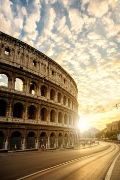 "The Collosseum. ""Il Colosseo, Italy. Visit Rome and all the fantastic sites. ❤️ #Fly"