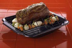 How to Cook a Beef Sirloin Tip Roast With Gravy Beef Round Tip Roast, Top Round Roast Recipe, Beef Sirloin Tip Roast, Beef Loin, Sirloin Roast, Beef Chuck Roast, Pot Roast, Round Steak, Pork Chops