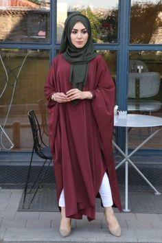 Modest Fashion Hijab, Pakistani Fashion Casual, Frock Fashion, Abaya Fashion, Fashion Outfits, Muslim Women Fashion, Islamic Fashion, Estilo Abaya, Hijab Style Tutorial