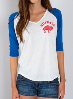 Nike Buffalo Bills Women's Retro Fan V-Neck T-Shirt - Royal Blue