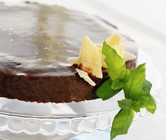 Recept: Mintchokladtårta med after eight (Chocolate cake with mint chocolate cream)