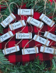 Rustic Christmas Ornaments, Dollar Tree Christmas, Christmas Crafts For Gifts, Christmas Signs, Merry Christmas, Christmas Projects, Simple Christmas, Dollar Tree Gifts, Christmas Craft Fair