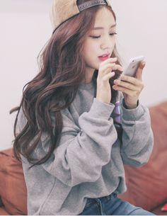 park seul on We Heart It Ulzzang Fashion, Ulzzang Girl, Korean Ulzzang, Korean Outfits, Mode Outfits, Korea Fashion, Asian Fashion, Cute Fashion, Look Fashion