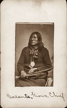 Native American Photos, Native American Indians, Native Americans, Indian Artifacts, Tribal Fashion, Old West, History Books, First Nations, Betrayal