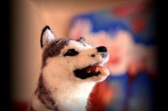 Perro en needlefelting, de Minzoo. / Solamenterocio