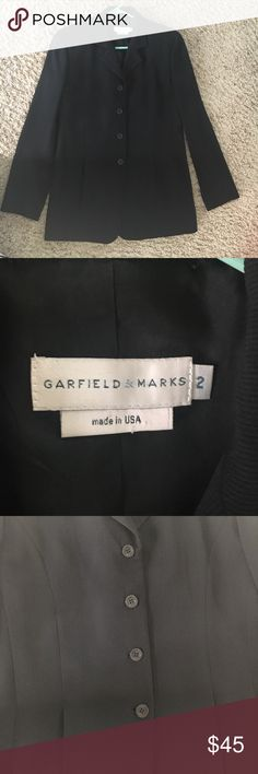 Amazing Suit Jacket Wore this jacket consistently for job interviews. Very nice fit. Wish I could still fit it. Looks professional on and has great texture. Originally purchased from Nordstrom's (Not the Rack). Fully lined. Made in the USA 🇺🇸 Garfield & Marks Jackets & Coats Blazers