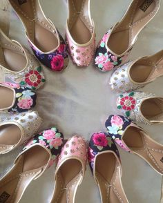 Must have these Punjabi juttis Culture girls❤ Indian Shoes, Espadrilles, Pretty Shoes, Indian Designer Wear, Patiala, Bridal Shoes, Shoe Collection, Indian Wear, Girls Shoes