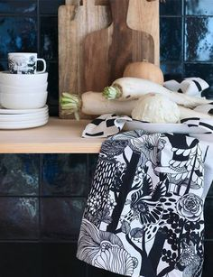 The Veljekset pattern was inspired by Finnish folk tales and it depicts strong and expressive animals that live in the forests of Finland. Marimekko, Finnish Company, July 2017