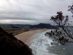27/11/15 Nuestra hermosa playa de Berria, en calma, después de varios días de lluvias y temporal. ¡Santoña te espera!