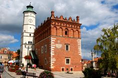 Tired of big cities? Looking for some outstanding places in South Poland? Not very crowded, but truly lovely? Checked Sandomierz!
