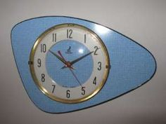 Pendule formica Bleu - Jaz années 1960 Mid Century Art, Mid Century Decor, Mid Century Style, Mid Century House, Mid Century Modern Design, Retro Clock, Retro Art, Retro Home, Retro Vintage