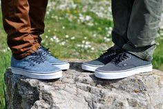 Vans Authentic Chambray blue and black    Di naman halatang gusto ko ng ganitong sapatos. XD