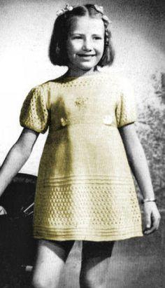 Girls Patterned Dress Vintage Knitting Pattern for download Sz 6