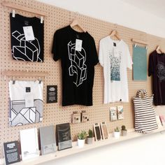 Pegboard visual merchandising – Origin68