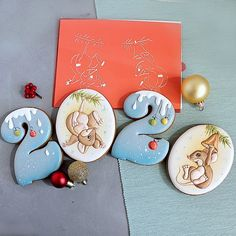 🔥🔥🔥Трафарет #959 - всего один трафаретик, а мышки две😁Трафаретик разработан под набор форм #1068(цифра *2* и *0*) или под наш классический… Honey Cookies, Iced Cookies, Cupcake Cookies, Cut Out Cookies, Cupcakes, Christmas Mood, Merry Christmas And Happy New Year, New Years Cookies, Christmas Cookies Gift