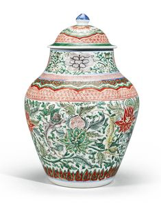 """A Wucai """"Chilong and Lotus"""" Balustre Jar and Cover. Qing Dynasty, Shunzhi Period 