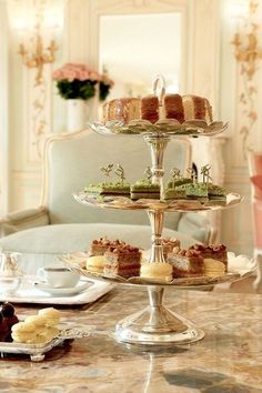 Elegance. I love 3-tiered dessert stands but I don't have the room to store them. Is their a good collapsible one out there?