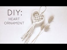 Macrame Wall Hanging Diy, Macrame Art, Macrame Projects, Micro Macramé, Ornament Tutorial, Macrame Design, Heart Ornament, Macrame Bracelets, Macrame Jewelry