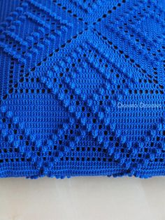 Transcendent Crochet a Solid Granny Square Ideas. Inconceivable Crochet a Solid Granny Square Ideas. Motifs Granny Square, Granny Square Crochet Pattern, Crochet Squares, Crochet Cushion Cover, Crochet Cushions, Crochet Pillow, Crochet Placemats, Crochet Doilies, Crochet Bedspread Pattern