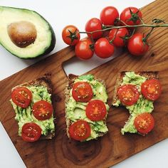 MmMmM... Delicious and easy snack recipe. Tomato w/ avocado on wheat bread! #healthfood