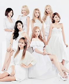 ♥ Right Now, Tomorrow, Forever, 소녀시대 ♥ The Official Girls' Generation (SNSD) Thread Yoona, Snsd, Sooyoung, Girls Generation, South Korean Girls, Korean Girl Groups, Taeyeon Jessica, Celebrity Magazines, La Girl